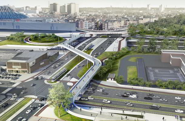 Volg de spectaculaire plaatsing van passerelle Schijnpoort